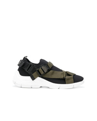 Женские черно-белые кроссовки от Prada