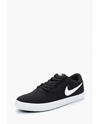 Женские черно-белые низкие кеды из плотной ткани от Nike