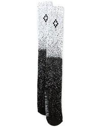 Черно-белые носки с принтом