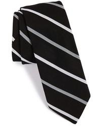 Черно-белый галстук в вертикальную полоску