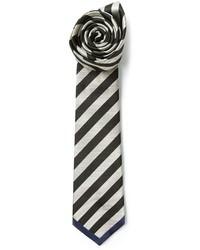 Черно-белый галстук в горизонтальную полоску