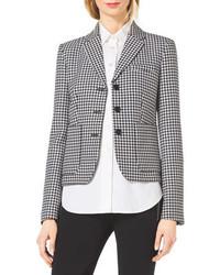 Черно-белый пиджак