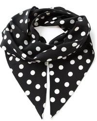 Черно-белый шарф в горошек