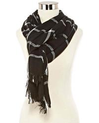 Черно-белый шарф в клетку