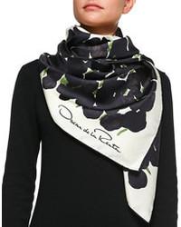 Черно-белый шелковый шарф с принтом