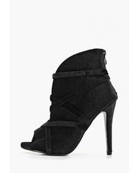 Черные бархатные ботильоны с вырезом от Sweet Shoes