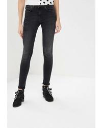 Черные джинсы скинни от Colin's