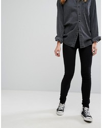 Черные джинсы скинни от Levi's