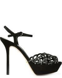 Черные замшевые босоножки на каблуке с украшением