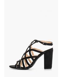 Черные замшевые босоножки на каблуке от Vera Blum