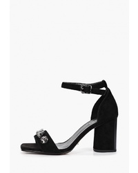 Черные замшевые босоножки на каблуке от Vitacci