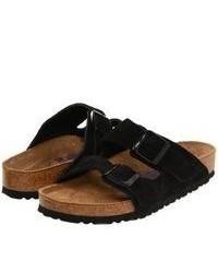Черные замшевые сандалии на плоской подошве