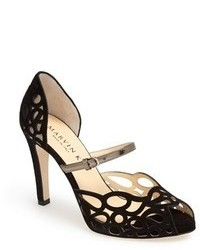 Черные замшевые туфли с вырезом