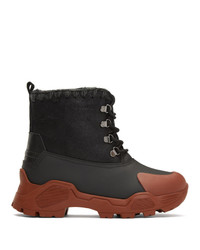Женские черные зимние ботинки от Mou