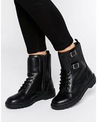 Женские черные кожаные ботинки на шнуровке от T.U.K.