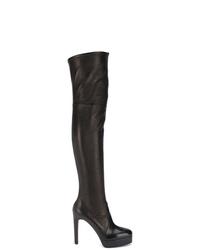 Черные кожаные ботфорты от Casadei
