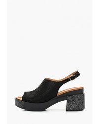 Черные кожаные массивные босоножки на каблуке от T.Taccardi