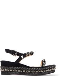 Женские черные кожаные сандалии на плоской подошве с украшением от Christian Louboutin