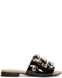 Женские черные кожаные сандалии на плоской подошве с украшением от Toga Pulla