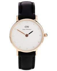 Женские черные кожаные часы от Daniel Wellington