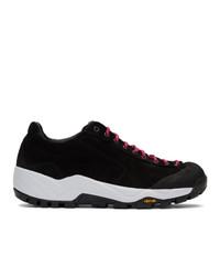 Женские черные кроссовки от Diemme