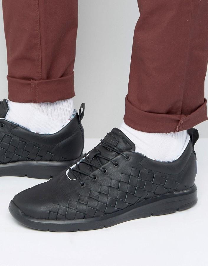 Мужские черные плетеные кеды от Vans   Где купить и с чем носить e1ab708da27