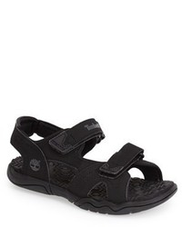 Черные сандалии