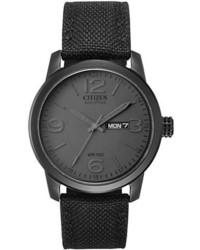Черные часы из плотной ткани