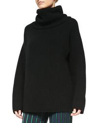 Черный вязаный свободный свитер