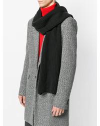 Мужской черный вязаный шарф от Iris von Arnim   Где купить и с чем ... c04e24ac058