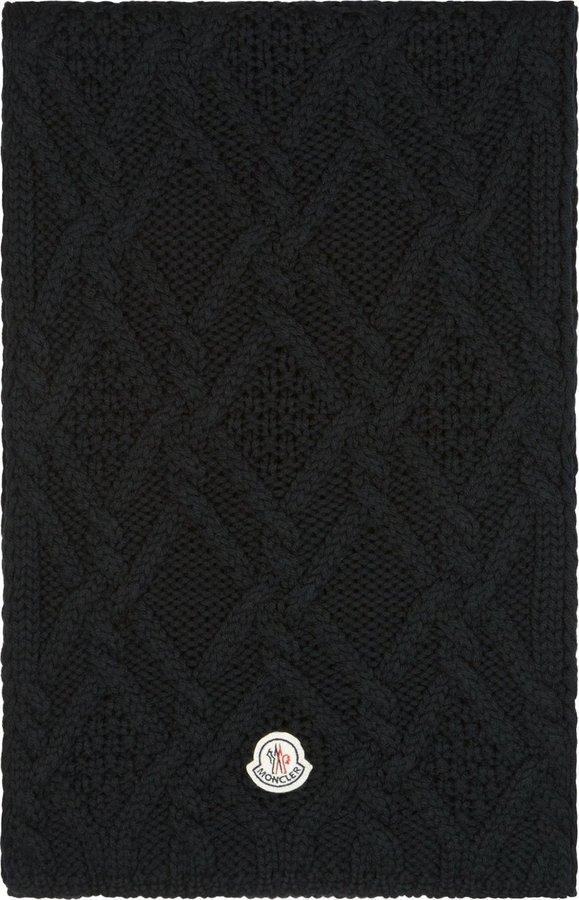 Мужской черный вязаный шарф от Moncler   Где купить и с чем носить a35e268188d