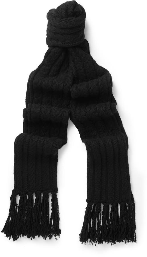 Мужской черный вязаный шарф от Tom Ford   Где купить и с чем носить 3357d6c7dcb