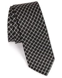 Черный галстук в клетку