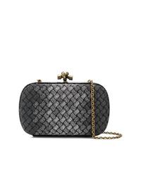 Черный клатч от Bottega Veneta