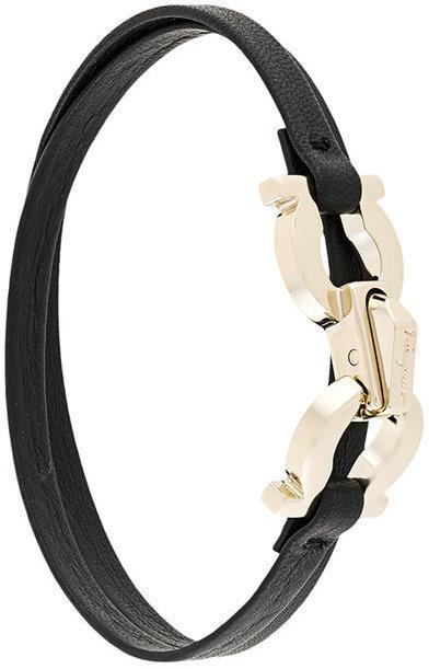 Черный кожаный браслет от Salvatore Ferragamo