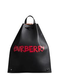 Черный кожаный рюкзак с принтом