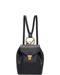 Женский черный кожаный рюкзак от Fendi