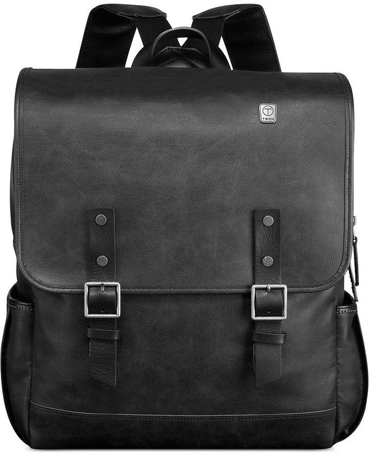 Мужской черный кожаный рюкзак от Tumi   Где купить и с чем носить 32948c97f01