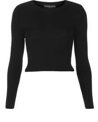 Черный короткий свитер