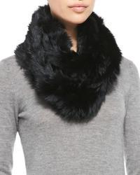 Черный меховой шарф