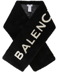 Женский черный меховой шарф от Balenciaga