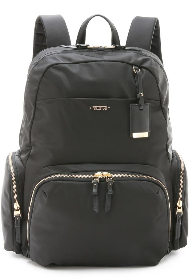 Женский черный нейлоновый рюкзак от Tumi   Где купить и с чем носить e03e203619e