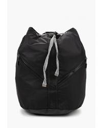 Женский черный рюкзак из плотной ткани от New Balance
