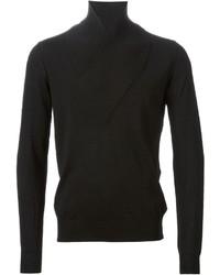 Черный свитер с отложным воротником