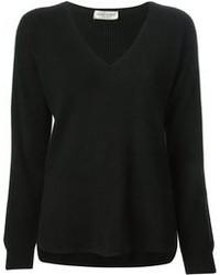 Черный свитер с v-образным вырезом