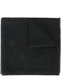 Черный шерстяной вязаный шарф