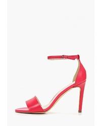 Ярко-розовые кожаные босоножки на каблуке от Bata