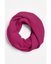 Ярко-розовый шарф