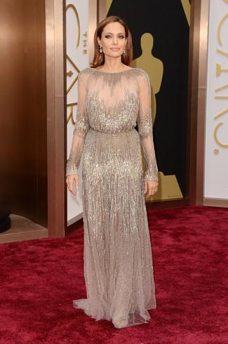 Как Angelina Jolie носит Бежевое вечернее платье с пайетками