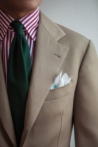 Как и с чем носить: бежевый пиджак, бело-красная классическая рубашка в вертикальную полоску, темно-зеленый вязаный галстук, мятный нагрудный платок